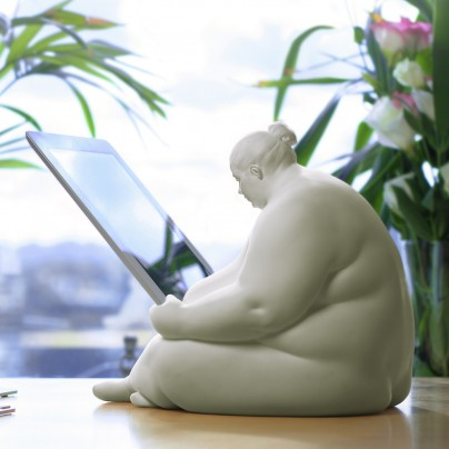 Venus of Cupertino – iPad Docking Station